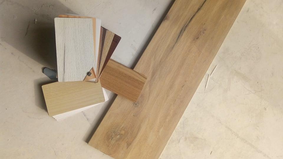 0fbfb762 Płytka z łazienki - szukamy idealnego drewna na blat do szafki lazienkowej  :)